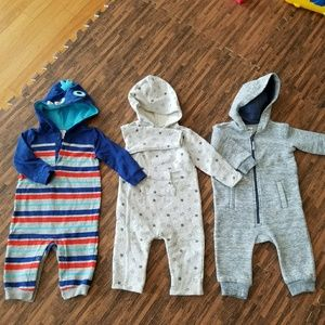 Bundle of boys baby clothes EUC